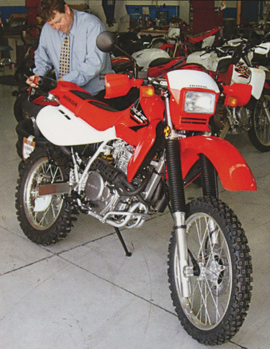Backtrack Tuesdays - 2005 Honda XR650L - Long Run Test - Bikes ...