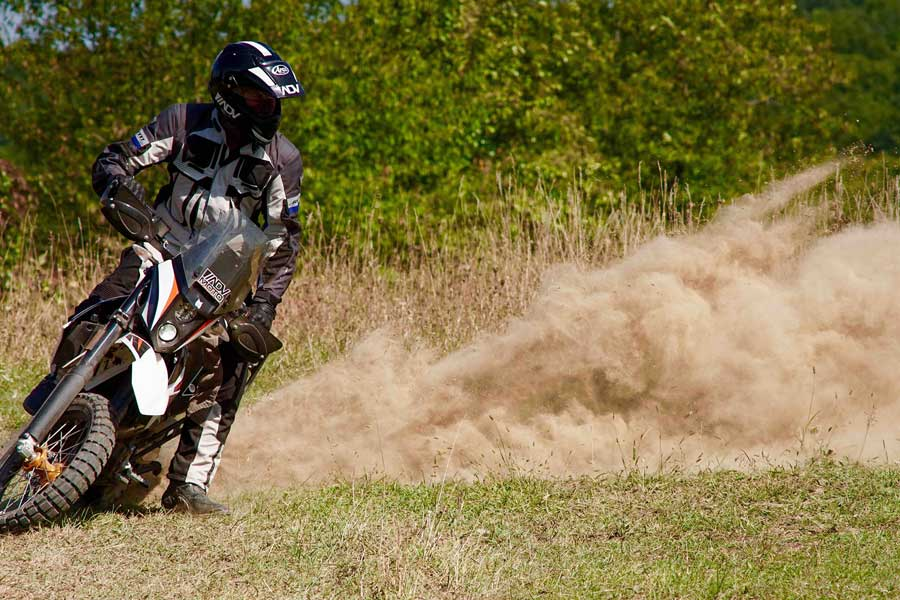 12 Great Upgrades for your KTM 690 Enduro R - all-pages