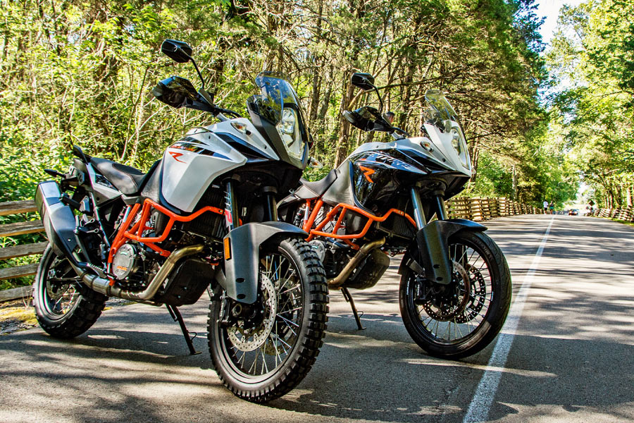 Click to enlarge image ktm-1090-adv-vs-1190-review-1.jpg