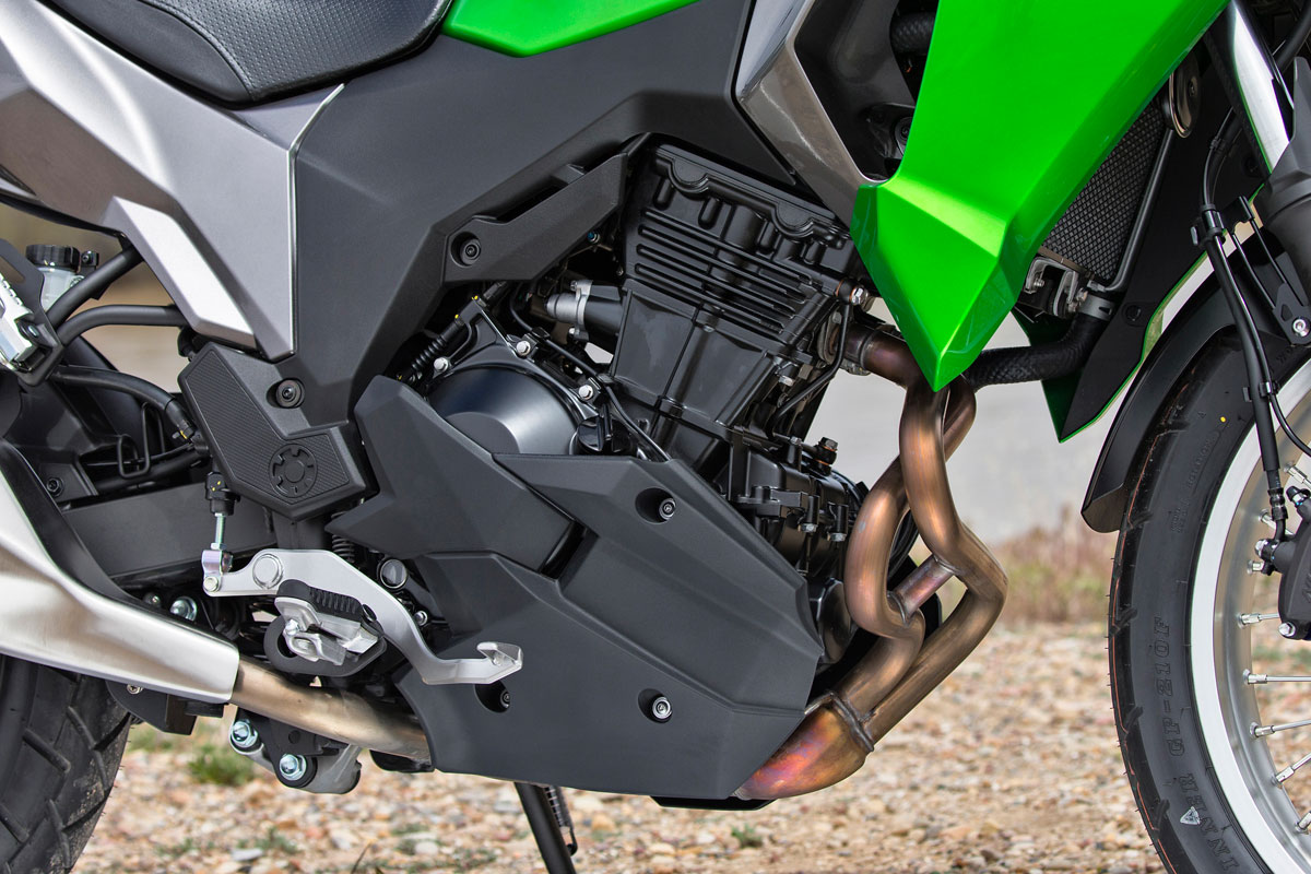 Kawasaki Versys X 300 Test Review 09