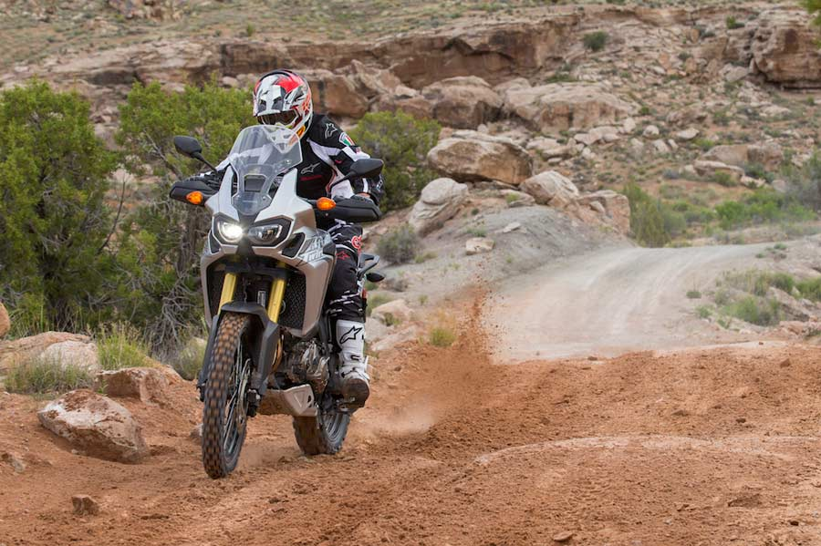 2016-africa-twin-honda-review-test