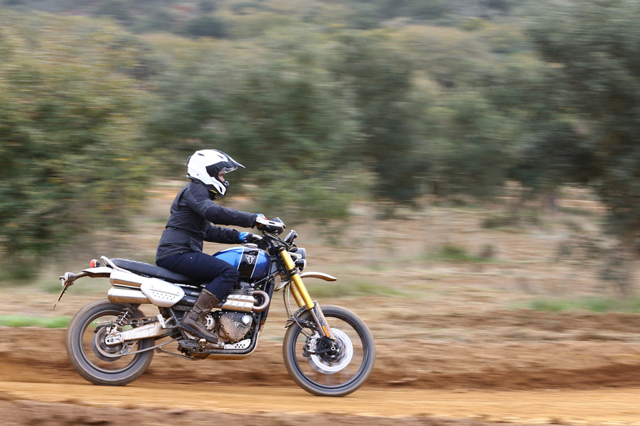 2019 Triumph Scrambler 1200 Xc Xe Bike Review Bikes Reviews